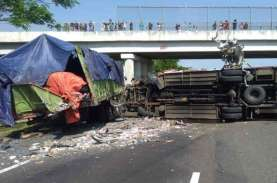 Korban Kecelakaan di Tol Cipali 10 Orang Meninggal,…
