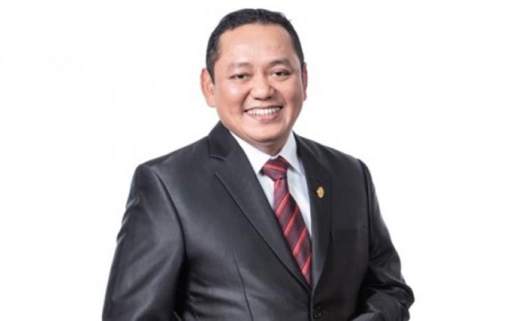 Direktur Keuangan PT Pelabuhan Indonesia II (Persero) (IPC), Yon Irawan - www.indonesiaport.co.id