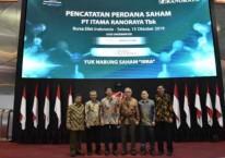 Jajaran  manajemen PT Itama Ranoraya Tbk. dalam prosesi Initial Public Offering (IPO) pada Selasa (15/10/2019)./Dok. IRRA