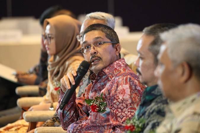 Presiden Direktur PT Envy Technologies Indonesia Tbk Mohd Sopiyan Bin Mohd Rashdi memberikan penjelasan mengenai kinerja perusahaan, di Jakarta, Selasa (18/6/2019). - Bisnis/Dedi Gunawan