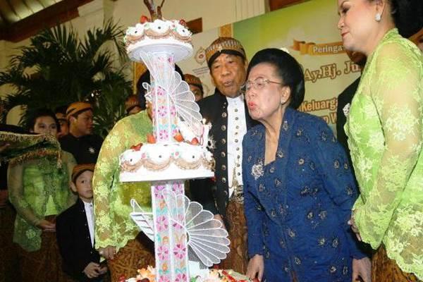 Sukamdani Sahid dan Juliah Sukamdani - Jibiphoto