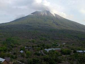 Gunung Ili Lewotolok Masih Sering Terjadi Erupsi