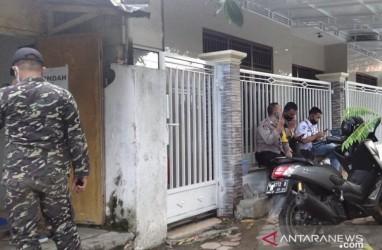 Rumah Orang Tua Mahfud MD Dijaga Banser & Polisi Usai Digeruduk Massa