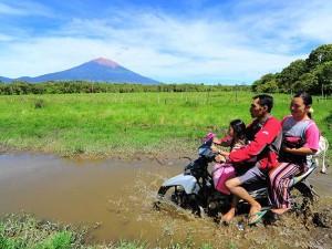 Desa Terpencil di Kerinci Tidak Memiliki Akses Jalan