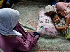 Sebanyak 55 KK Mengungsi Akibat Tanah Longsor di Garut Jawa Barat