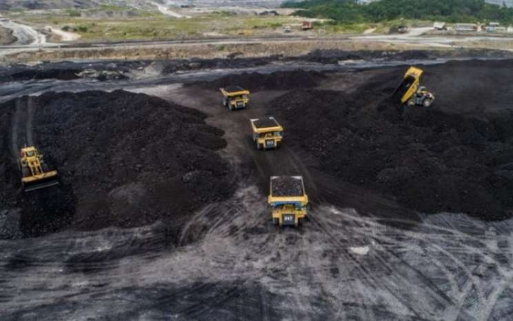 Kegiatan pertambangan batu bara di wilayah operasional PT Adaro Energy Tbk. - adaro.com