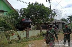 Banjir di Medan dan Deli Serdang, Sedikitnya Tiga…