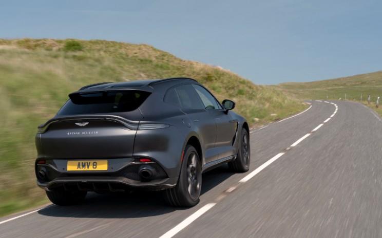 Aston Martin DBX - Satin Xenon Grey.  - Aston Martin