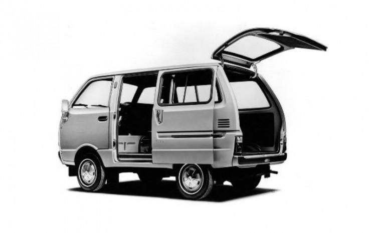 Daihatsu Hijet Generasi Keempat.  - Daihatsu.