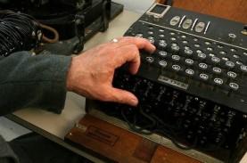 Mesin Sandi Enigma Nazi Ditemukan di Dasar Laut Baltik