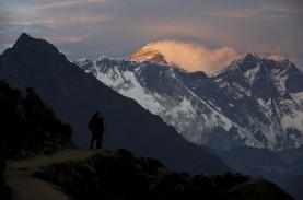 Tambah Tinggi 1 Meter, Kini Ketinggian Mount Everest…