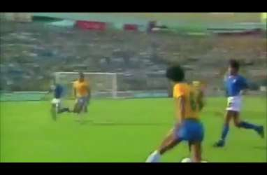 Pahlawan Italia di Piala Dunia 1982 Paolo Rossi Meninggal Dunia