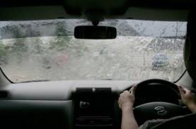 Siap-Siap, Hujan Bakal Guyur Jakarta Hari Ini, Senin…