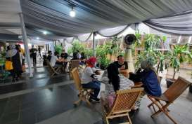 Skandinavia Apartment Gelar Year End Bazaar Buah & Sayuran