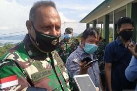 Jenazah Wakil Kepala Staf TNI AD Letjen Herman Asaribab…