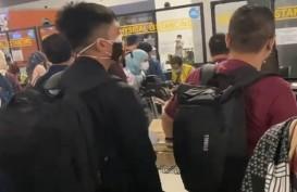 Hotman Paris Unggah Video Antrean Mengular Stempel Tes Swab di Soekarno-Hatta