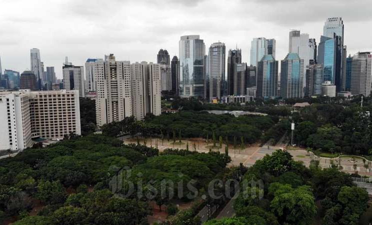 Foto aerial ruang terbuka hijau di Senayan, Jakarta, Selasa (10/3/2020). Bisnis - Himawan L Nugraha