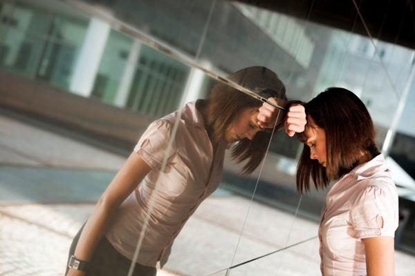 Melepaskan hal negatif dari pikiran, bisa menghilangkan stres./Ilustrasi - Forbes