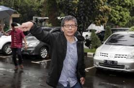 Rocky Gerung Sindir Jokowi: Reshuffle Kabinet Sudah…