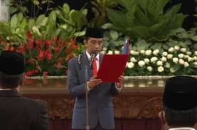 Jokowi Resmi Lantik Petrus Golose Kepala BNN & Hartono…