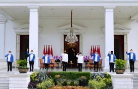 Lantik 6 Menteri, Jokowi Beri Selamat Tanpa Jabat Tangan