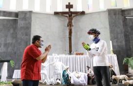 Kunjungi Gereja Bongsari, Ganjar Temukan Perayaan Natal Bertema Covid-19