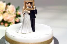 Polisi Bubarkan Pesta Pernikahan Saat Pandemi Covid-19,…