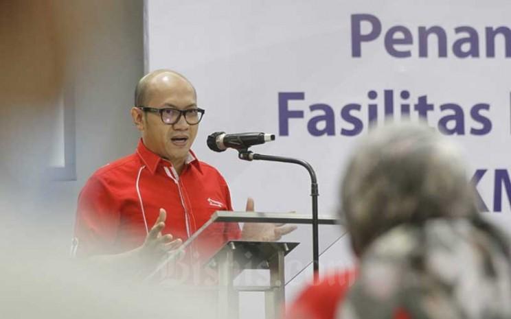 Direktur Utama Telkomsel Setyanto Hantoro memberikan pemaparan di sela-sela penandatanganan perjanjian kerja sama di Jakarta, Selasa (8/9/2020). Bisnis - Himawan L Nugraha