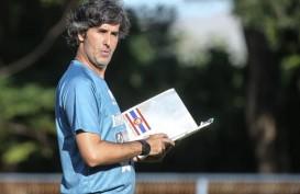 Teco Perpanjang Kontrak Pelatih Kepala Bali United 2 Tahun