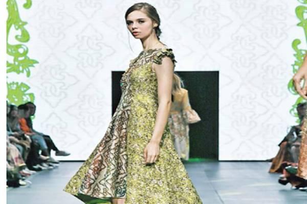 Batik modern. - JIBI