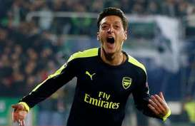Pelatih Arsenal Mikel Arteta Tak Akan Panggil Mesut Ozil pada Januari