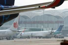 H-4 Libur Tahun Baru 2021, Penumpang di Bandara Kualanamu…