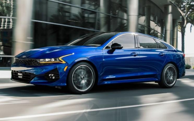 Kia K5 generasi ketiga Kia adalah salah satu sedan menengah paling kuat dari merek ini hingga saat ini.  - Kia Motors