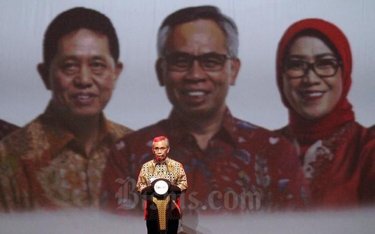 Ketua Otoritas Jasa Keuangan (OJK) Wimboh Santoso memberikan kata sambutan pada Pertemuan Tahunan Industri Jasa Keuangan 2019 dan Arahan Presiden RI di Jakarta, Jumat (11/1/2019). Bisnis - Nurul Hidayat