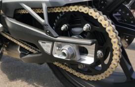 Ini Cara Tepat Membersihkan Rantai Sepeda Motor