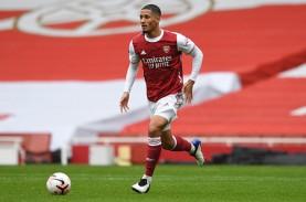 Arsenal Pinjamkan Pemain Belakang Saliba ke Nice