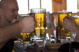Konsumsi Alkohol Bisa Mengurangi Efektivitas Vaksin…