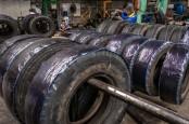 PEMULIHAN EKONOMI GLOBAL : Industri Karet Bergeliat