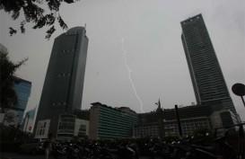 Cuaca Jakarta 7 Januari, Waspadai Hujan dan Petir pada Sore Hari