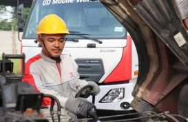 Astra UD Trucks Hadir di Blibli, Tokopedia, dan Seva.id
