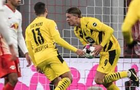 Hasil Bundesliga : Dortmund Selamatkan Munchen, Schalke Akhirnya Menang