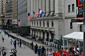 BUNTUT KERUSUHAN CAPITOL HILL : Perusahaan Wall Street…
