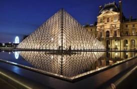 Pandemi Corona, Pengunjung Museum Louvre Anjlok 72 Persen
