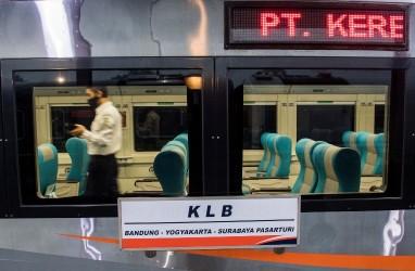 Perjalanan KA yang Melintasi Daop 3 Cirebon Terganggu Akibat Jembatan Gogos