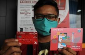 Dinsos dan Bank DKI Salurkan Bansos Tunai Rp300 Ribu untuk Warga Ibu Kota