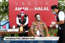Panglima TNI, Kapolri Hingga Tokoh Agama Jalani Vaksinasi…