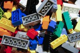 IMBAS PANDEMI COVID-19 : Mainan Impor Terpuruk