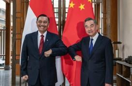 Luhut Bahas Kawasan Industri Two Countries Twin Park dengan Menlu China