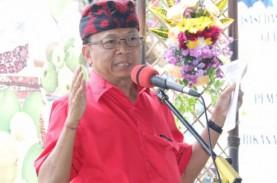 Mengaku Sempat Tegang, Gubernur Bali Jalani Vaksinasi…