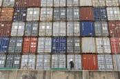 Tarif Peti Kemas Meroket, Pemulihan Ekonomi Global Terancam